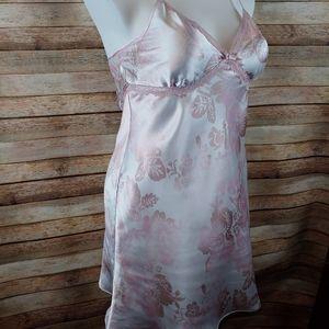 Gorgeous Rose/cream valentine chemise Lg